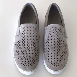 VIONIC Slip on suede shoes size 9.5